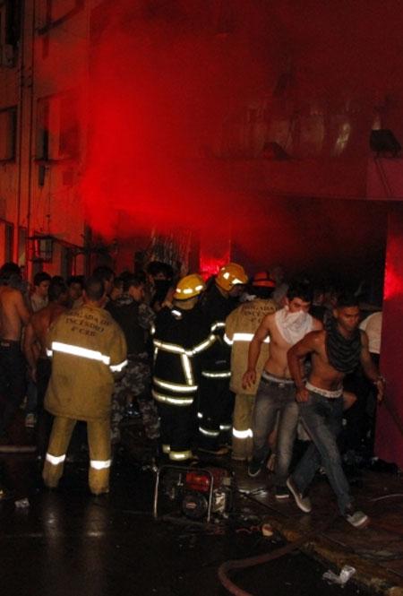 Tragédia em Santa Maria (foto: divulgação Deivid Dutra / A Razão)