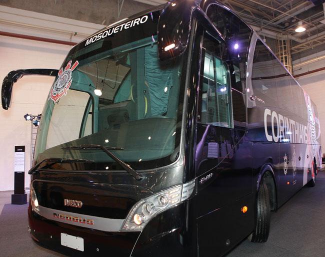 O novo ônibus do Corinthians (foto Aguinaldo Pedro / Ofício da Imagem)