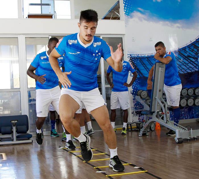 Willian vive entrosamento no Cruzeiro