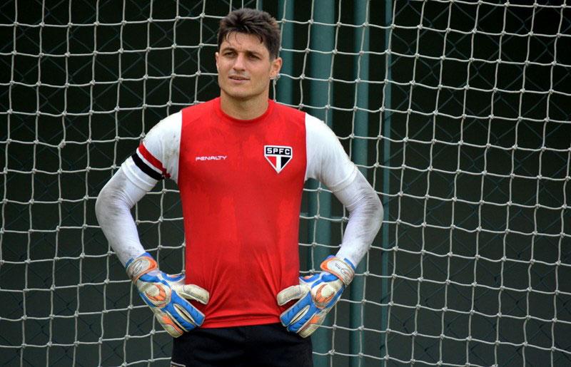 São Paulo FC: Cirurgia de goleiro Denis foi bem sucedida