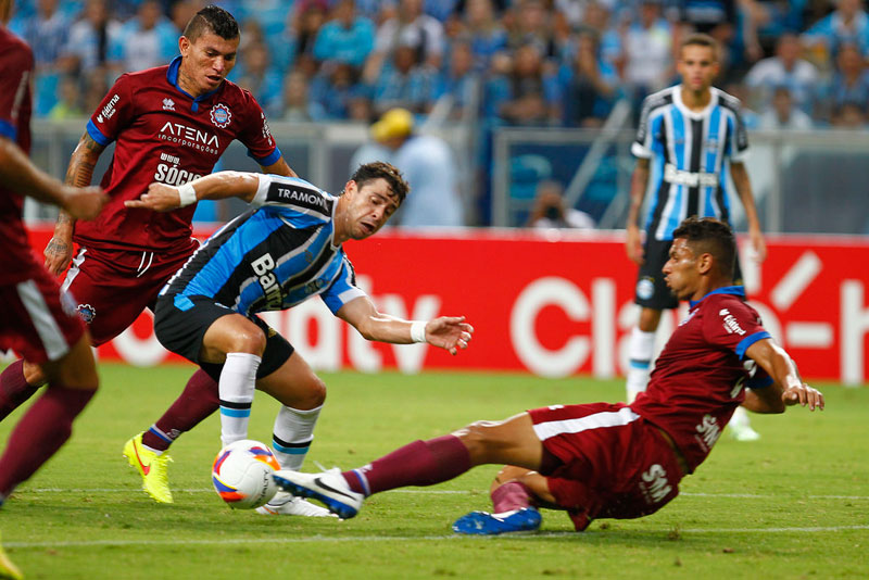Campeonato Gaúcho 2015: Grêmio vence Caxias