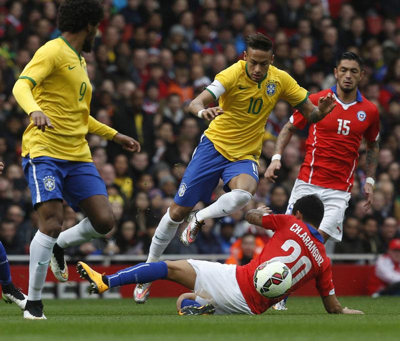 Jogo Brasil x Chile termina com vitória brasileira