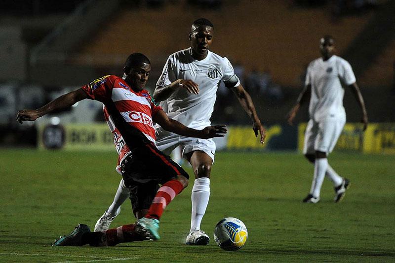 Santos FC vence Linense pelo Campeonato Paulista 2015