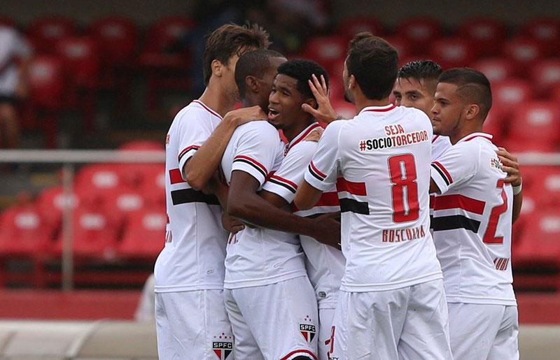 São Paulo FC vence Linense pelo Campeonato Paulista 2015