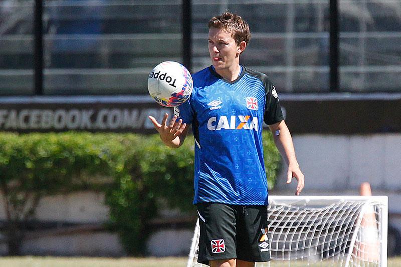 Dagoberto não utiliza Facebook, comunicou o Vasco