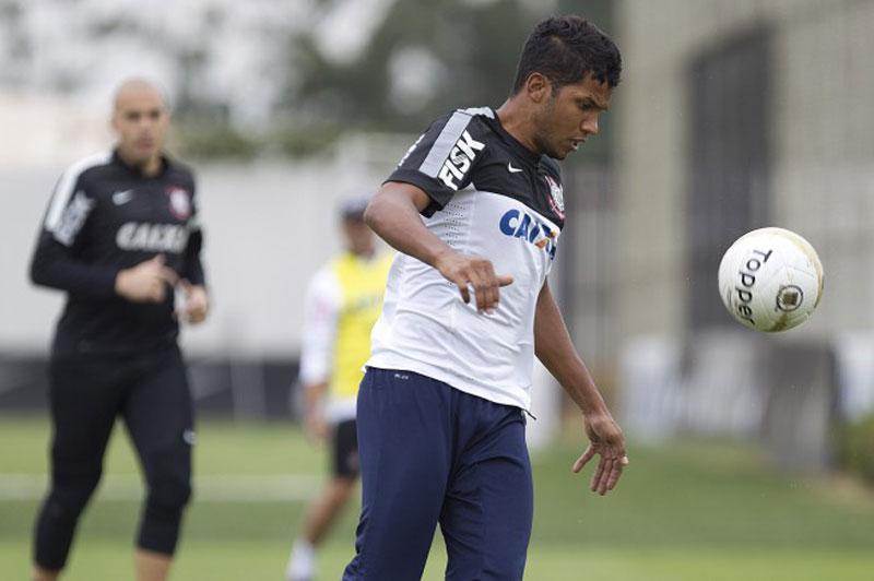 Campeonato Paulista 2015: Yago fez sua quinta partida pelo Corinthians
