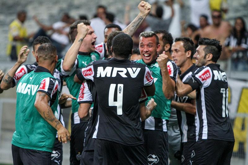 Atlético-MG vence Cruzeiro e está na final do Campeonato Mineiro 2015