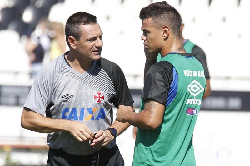Em jogo de 9 gols, Friburguense vence Vasco no Campeonato Carioca 2015