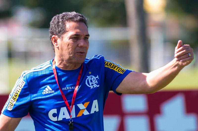 Luxemburgo está fora do Flamengo
