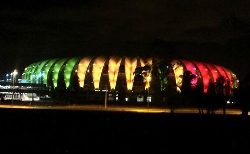 Internacional vence Gauchão 2015 e Beira-Rio ganha cores do Rio Grande do Sul