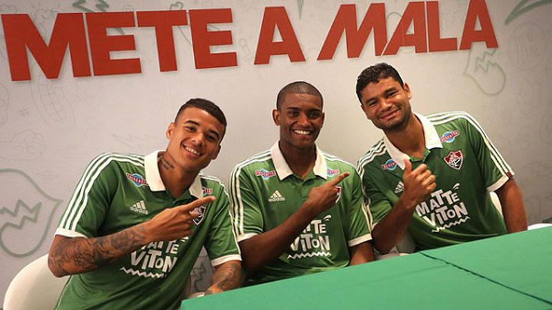 A nova camisa 2015 do Fluminense é predominantemente verde