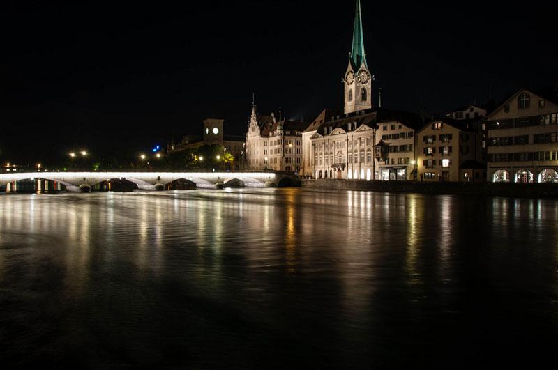 Dirigentes da FIFA são presos por polícia suíça em Zurique