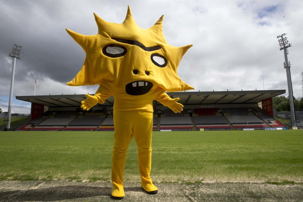 Esse é o mascote mais estranho que eu já vi
