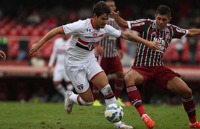 Pato vê melhor rendimento no São Paulo FC