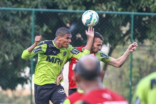 Atlético Mineiro é líder na tabela do Brasileirão 2015