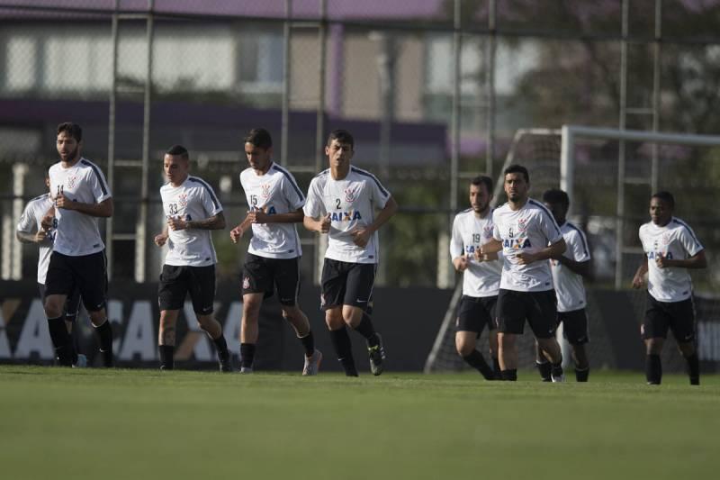 No Campeonato Brasilero 2015, Corinthians é vice-lider