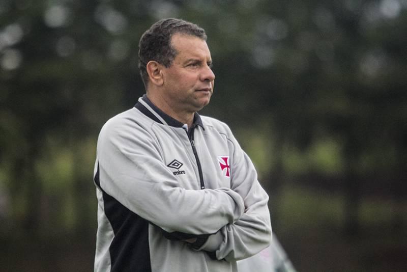 Celso Roth não é mais técnico do Vasco