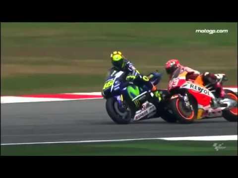MotoGP 2015: Rossi chutou e derrubou rival na corrida, veja o vídeo