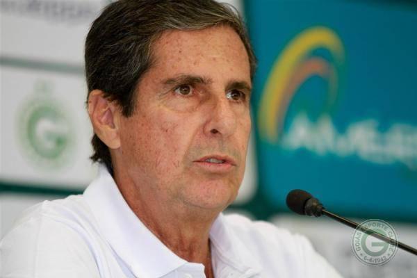 Brasileirão 2015: Artur Neto deixa Goiás após derrota para o Santos FC