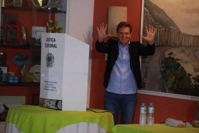 Eleições 2016: Marcelo Crivella foi eleito no Rio de Janeiro