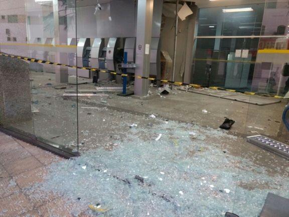 BB em Luís Correia sofre com crime e explosão
