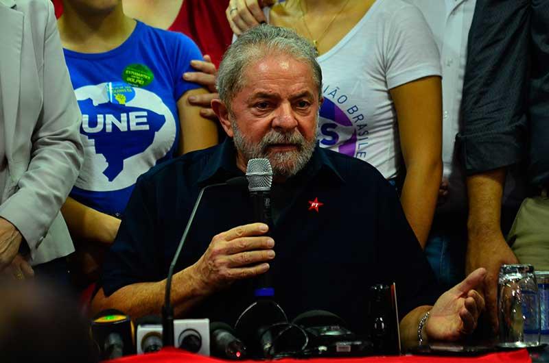 MPF denuncia Lula por tráfico de influência