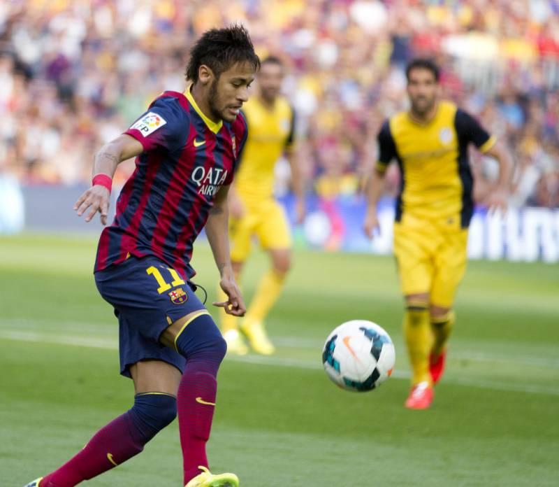 Barcelona FC: Neymar sente dores na coxa