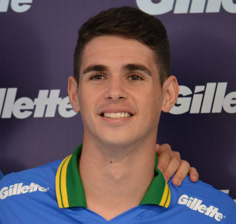 Oscar saiu do Chelsea e vai para a China