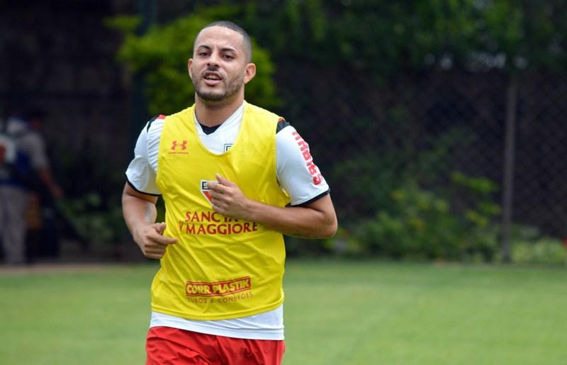 São Paulo FC: Ytalo começa a correr no campo