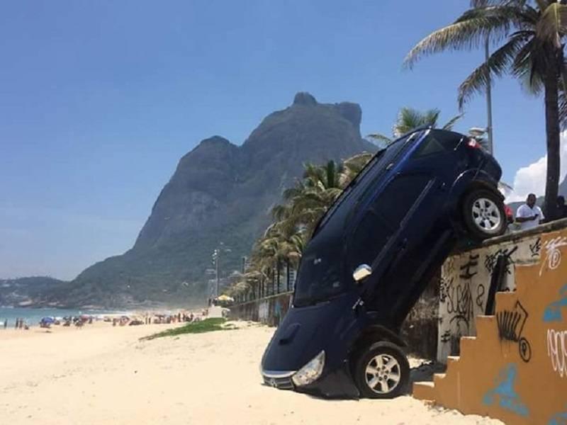 Acidente com carro do filho de Letícia Spiller e Marcello Novaes; veja foto