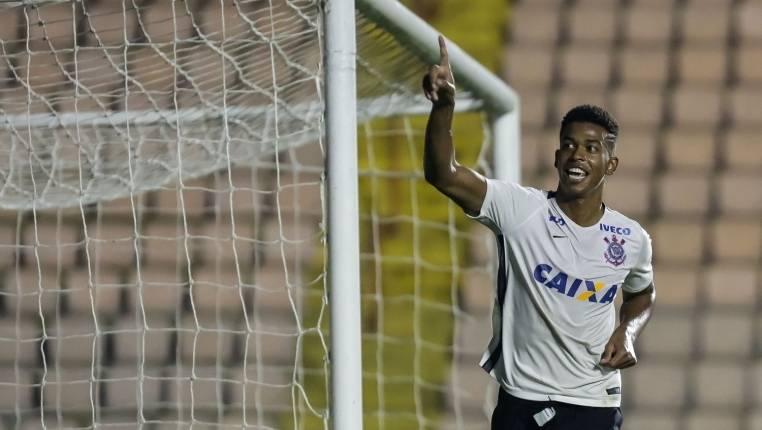 Corinthians ganha do Juventus pela Copa São Paulo de Futebol Júnior 2017