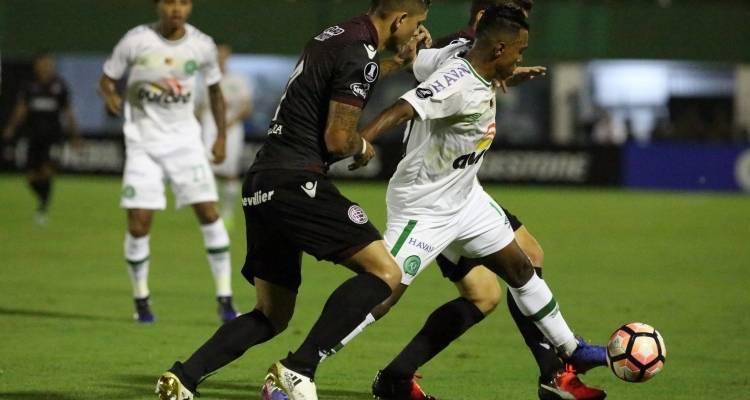 Libertadores 2017: Lanús vence Chapecoense de virada