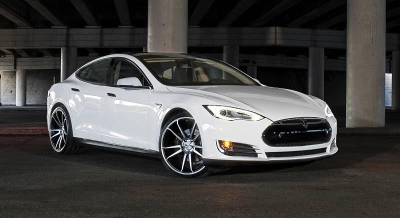 Conheça mais sobre a Tesla Motors e seus carros elétricos