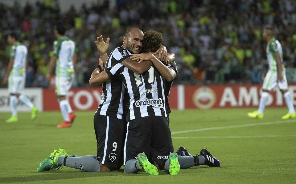 Botafogo vence Atlético Nacional por 2 a 0 pela Libertadores 2017
