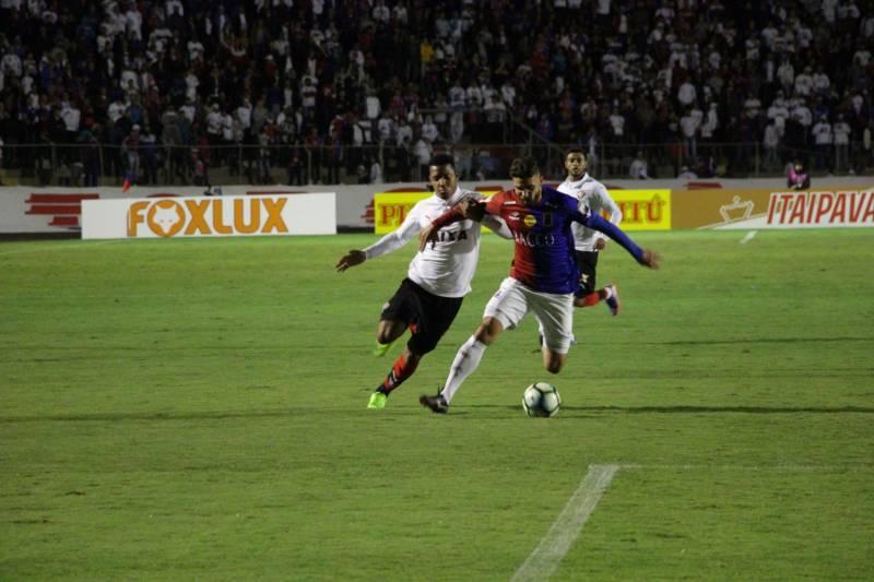 Vitória empata em 0x0 com o Paraná e dá adeus à Copa do Brasil