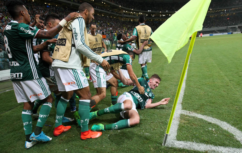 Libertadores 2017: Palmeiras vence Peñarol nos acréscimos