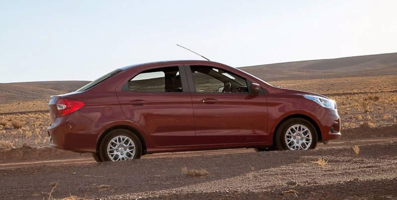 Novo Ford Ka sedan 2018 tem novidades que agradam
