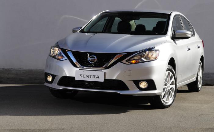 Novo Nissan Sentra tem ótima ficha técnica e bom preço para sedan médio