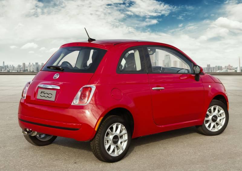 Fiat 500 automático é bom para quem quer praticidade e potência
