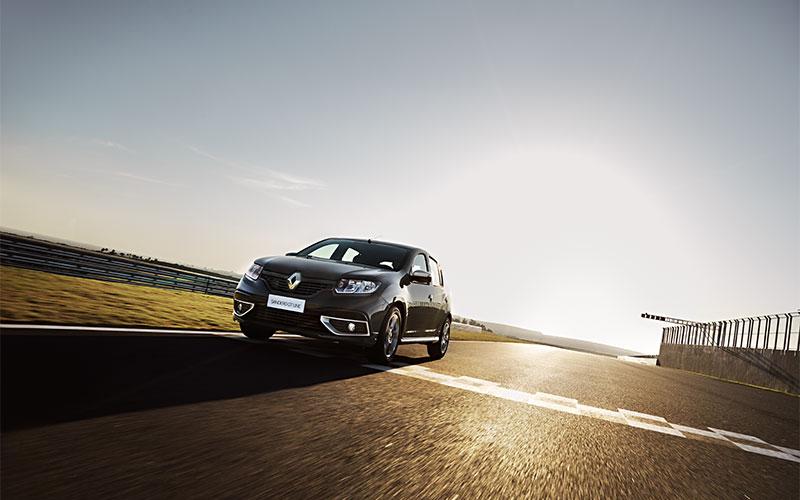 Novo Renault Sandero surpreende com preço justo; conheça todas as versões