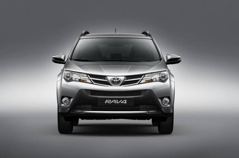 Toyota RAV4 2018 no Brasil tem nova opção de ficha técnica